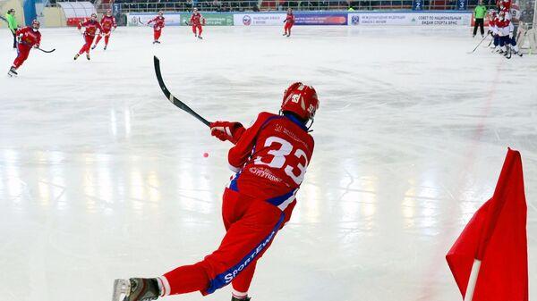 Игрок сборной России по бенди