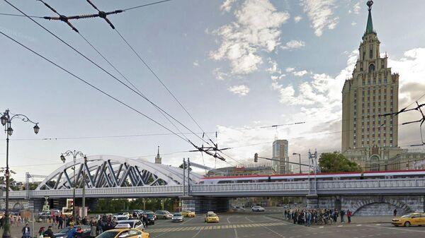 Каланчевский железнодорожный путепровод на Комсомольская площади в Москве