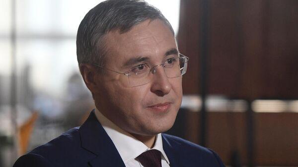 Министр науки и высшего образования РФ Валерий Фальков во время интервью в МИА Россия сегодня