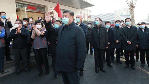 Председатель КНР Си Цзиньпин во время встречи с жителями общины Аньхуа в Пекине