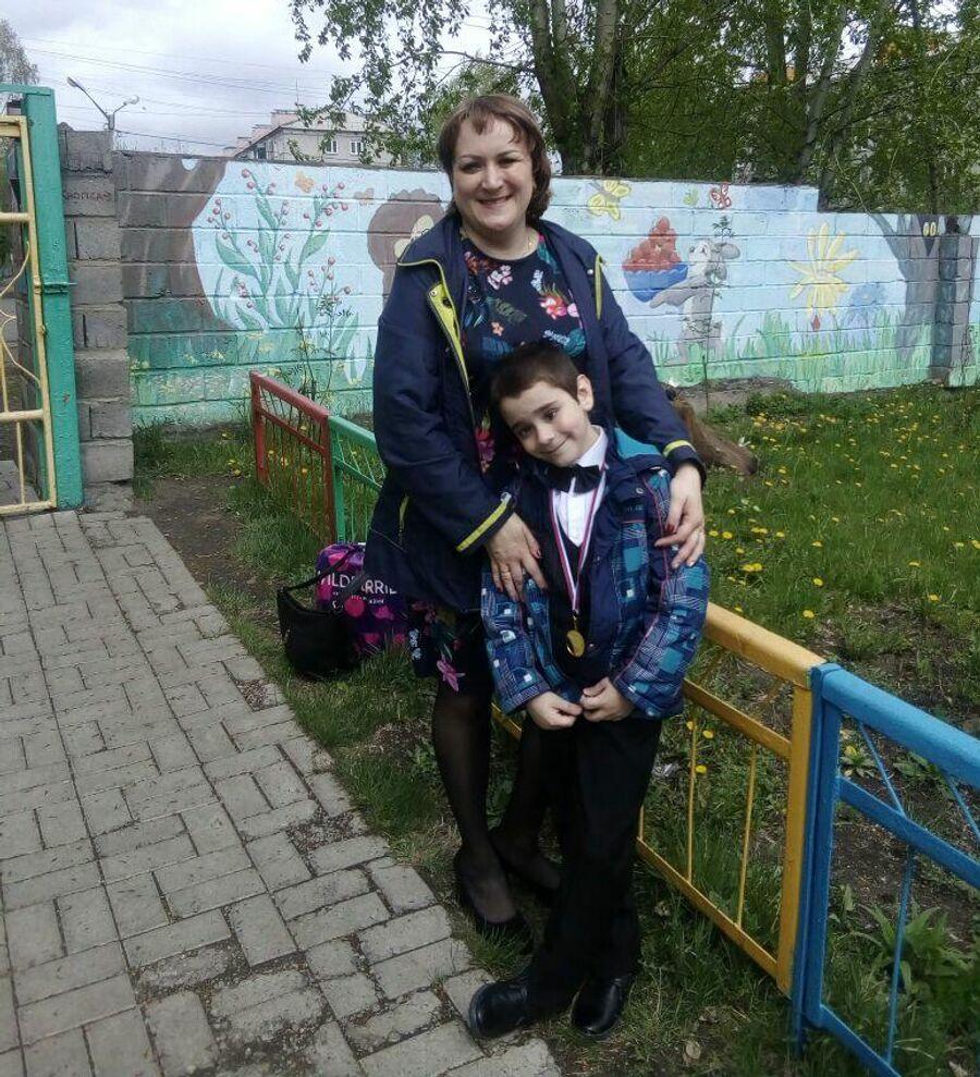 У сына Натальи Селиной нет одного глаза, но инвалидность ему не продлили