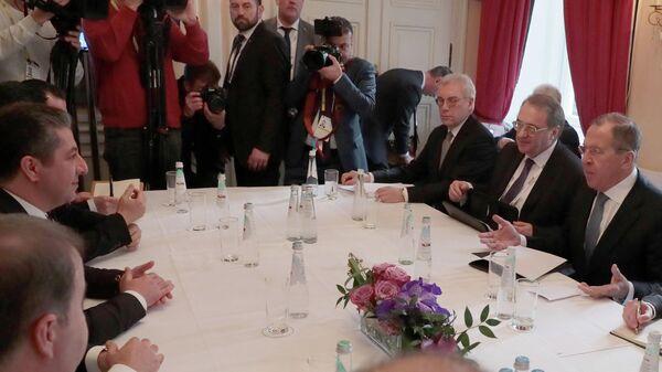 Встреча министра иностранных дел РФ Сергея Лаврова и премьер-министра Иракского Курдистана Масрура Барзани во время встречи в Мюнхене
