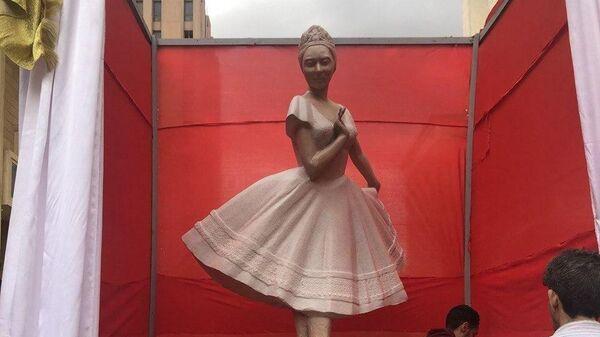 Открытие памятника российской балерине Анне Павловой в Каире