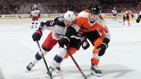 Тревис Санхейм в матче НХЛ.