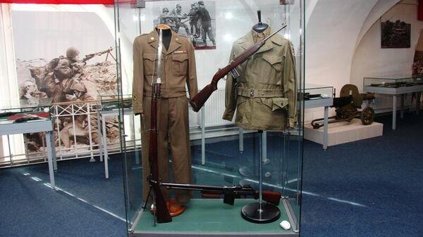 Выставка Оружие Великой победы в военно-историческом музее артиллерии, инженерных войск и войск связи