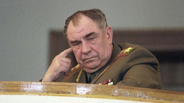 Министр обороны СССР Дмитрий Язов