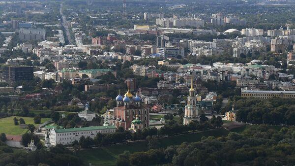 Вид на Рязань и Рязанский кремль