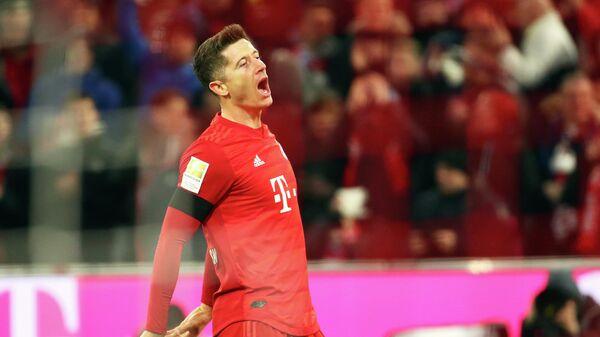 Нападающий ФК Бавария Роберт Левандовский