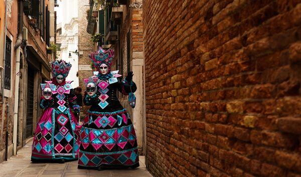 Венецианский карнавал-2020