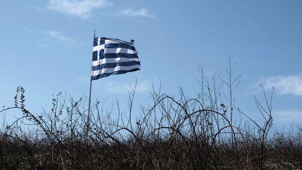 Флаг Греции на турецко-греческой границе