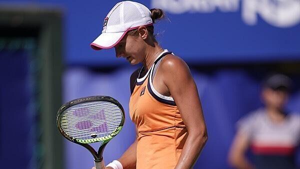 Флинк не смогла доиграть матч первого круга турнира WTA в Монтеррее