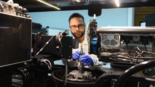 Сотрудник лаборатории механики биосовместимых материалов ДГТУ