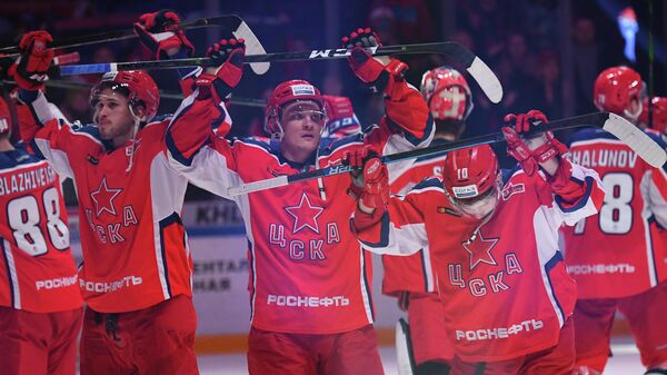 Игроки ЦСКА после матча с ХК Торпедо