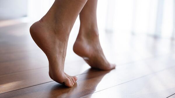 Женские ступни