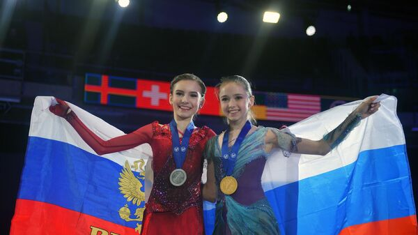 Дарья Усачева и Камила Валиева