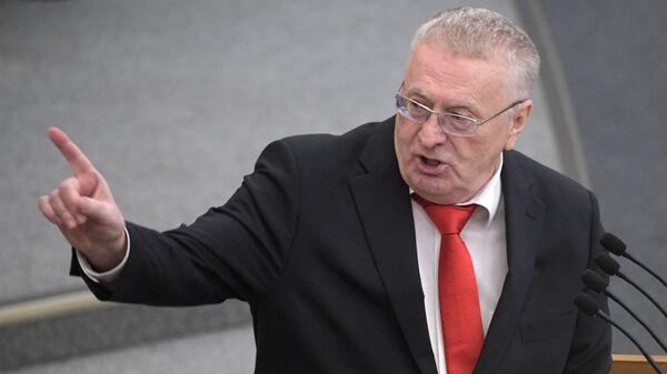 Руководитель фракции ЛДПР в Государственной Думе РФ Владимир Жириновский выступает на пленарном заседании Госдумы РФ