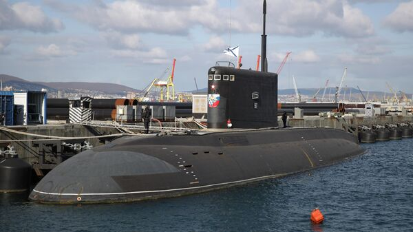 Подводная лодка Великий Новгород на территории Новороссийской военно-морской базы
