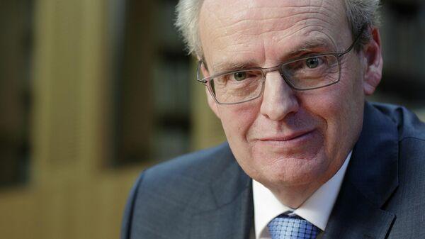 Немецкий историк церкви, профессор Мюнстерского университета Хуберт Вольф