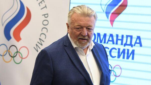 Вице-президент ОКР, президент Федерации спортивной гимнастики России Василий Титов перед началом заседания исполкома Олимпийского комитета России.
