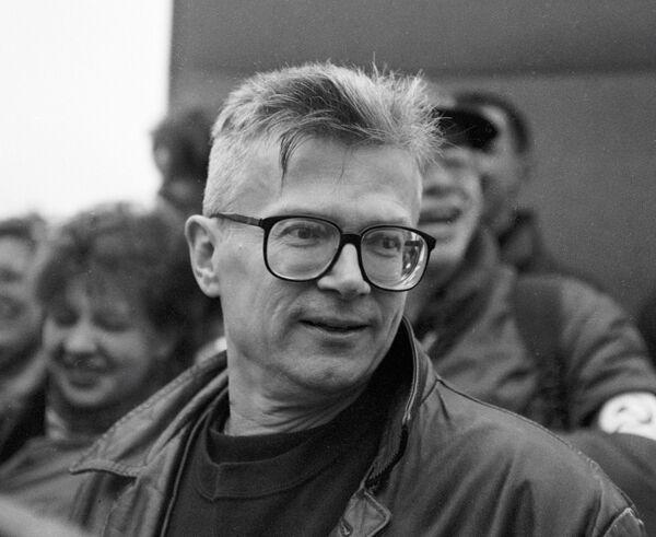 Лидер Национал-большевистской партии, писатель Эдуард Лимонов