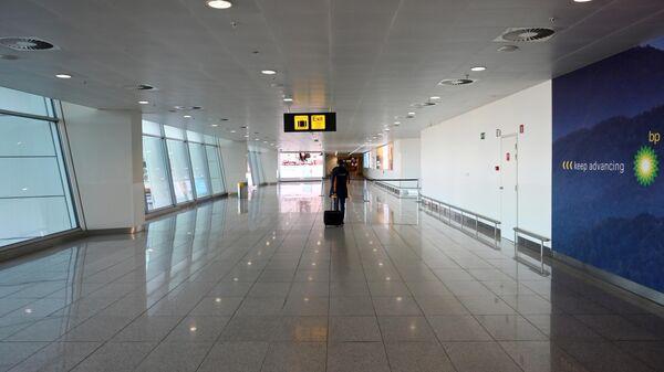 Пассажир в аэропорту Брюсселя
