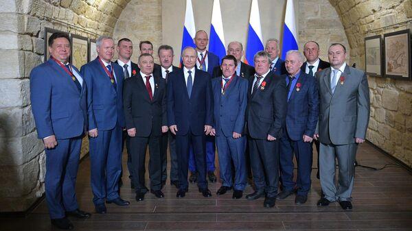 Рабочая поездка президента Владимира Путина в Крым