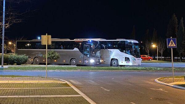 Черногория. Туристов доставили из Тивата в аэропорт Подгорицы для вылета в Москву 18 марта 2020