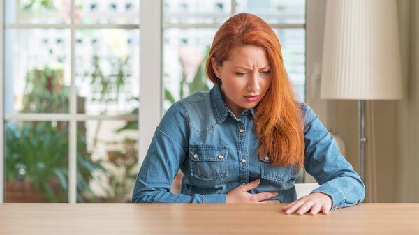 Женщина с расстройством желудка