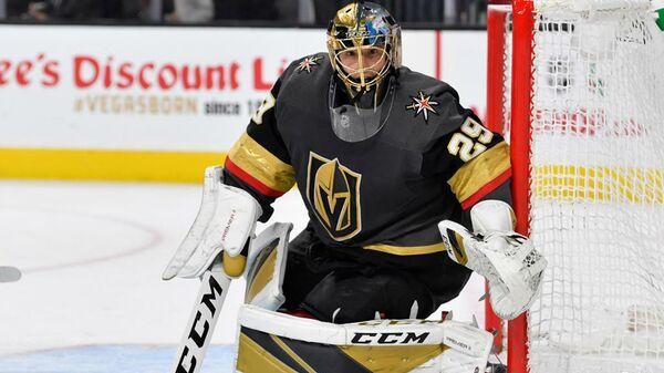 Голкипер клуба НХЛ Вегас Голден Найтс Марк-Андре Флери