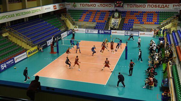 Игровой момент матча Локомотив (Новосибирск) - Зенит (Санкт-Петербург)