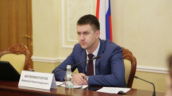 Суд продлил домашний арест экс-заммэра Воронежа, обвиняемого во взятке