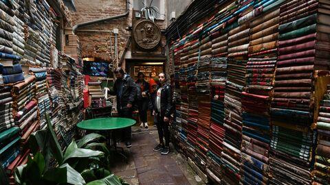 Пир во время чумы: как мировая литература учит выживать