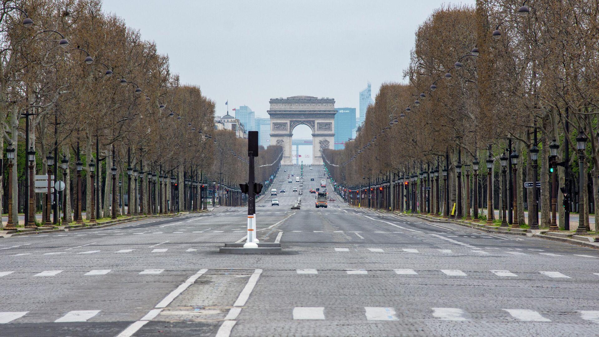 1569000230 0:160:3072:1888 1920x0 80 0 0 daf034c0bb1e36a850bba0a945544339 - Обошлось. Полиция не обнаружила бомбу возле Триумфальной арки в Париже