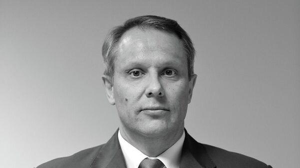 Спортивный директор хоккейного клуба Авангард Евгений Радионов