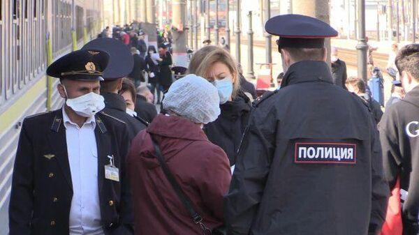 Спецпоезд с россиянами прибыл из Украины в Москву