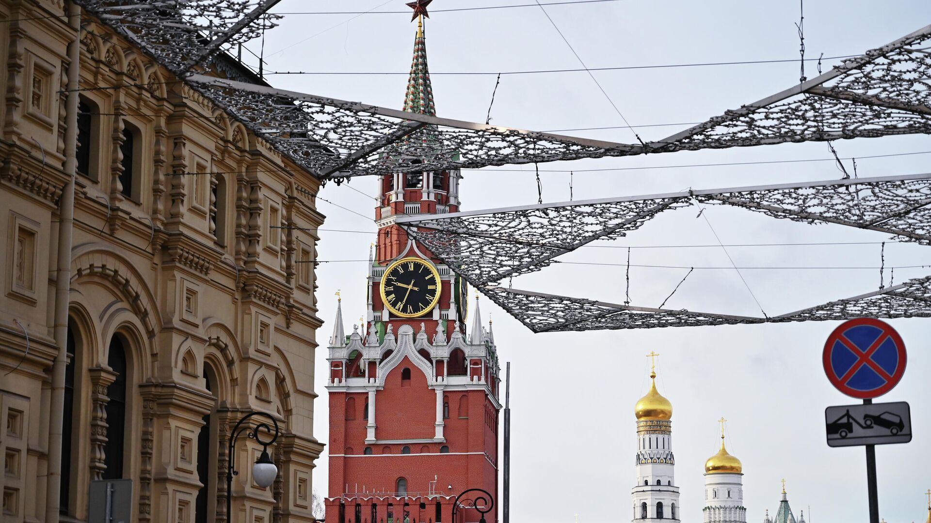 Спасская башня Московского Кремля - РИА Новости, 1920, 17.03.2021