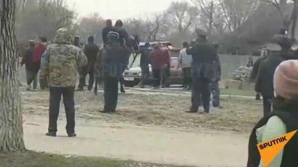 Жители киргизского села не подчинились карантину