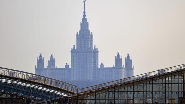 Здание Московского государственного университета имени М. В. Ломоносова