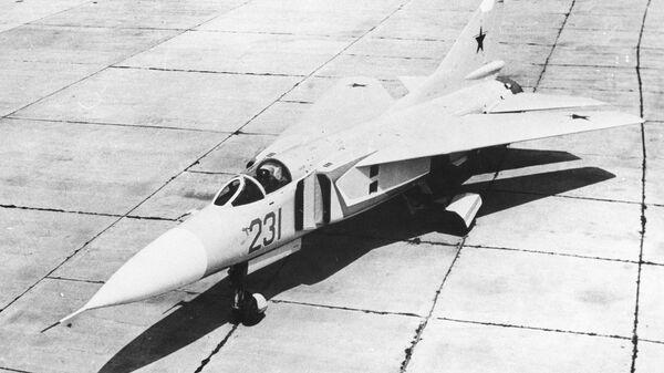 Советский истребитель МиГ-23