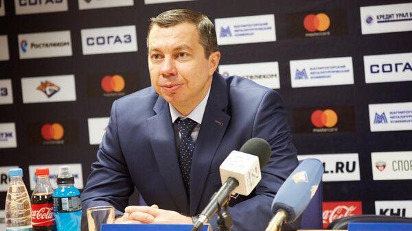 Главный тренер хоккейного клуба Металлург Илья Воробьев