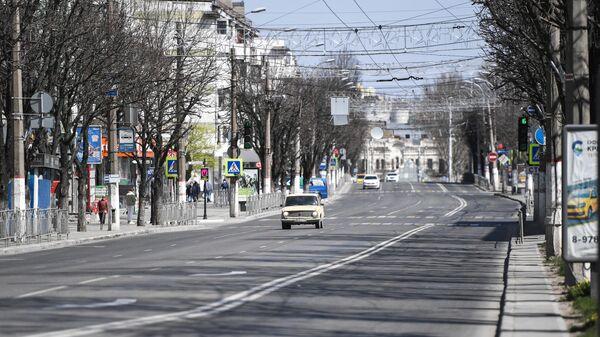 Автомобиль на проспекте Кирова в Симферополе