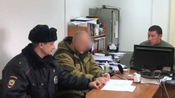 Кадры ареста подозреваемого в убийстве пяти человек в Рязанской области
