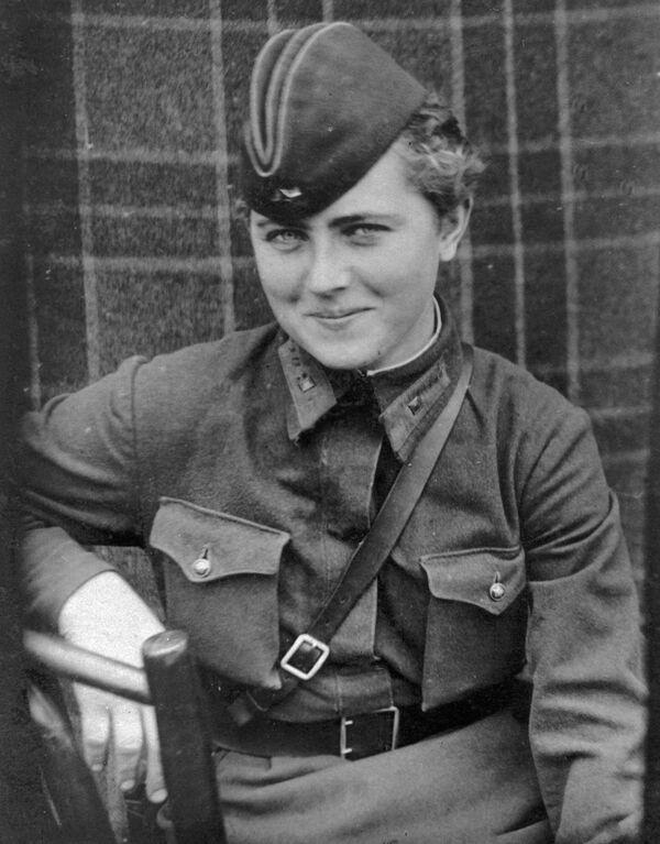 Евгения Жигуленко, лётчица 46 гвардейского Таманского авиационного женского полка ночных бомбардировщиков