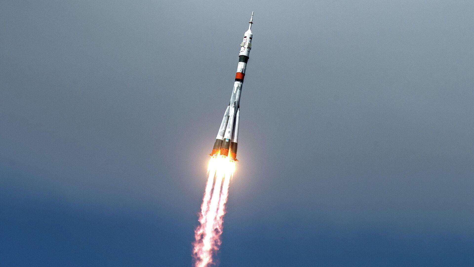 Старт ракеты-носителя Союз-2.1а с пилотируемым кораблем Союз МС-16 - РИА Новости, 1920, 01.10.2020
