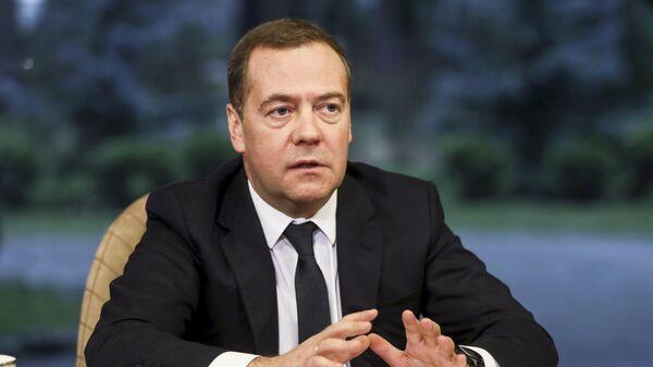 Навечно другой мир. Медведев рассказал об изменениях из-за пандемии