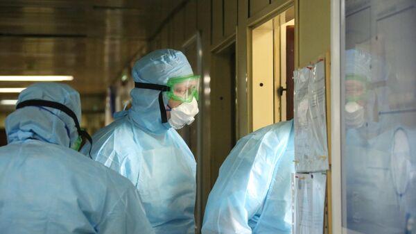 Работа российских военных медиков в Сербии во время пандемии коронавируса