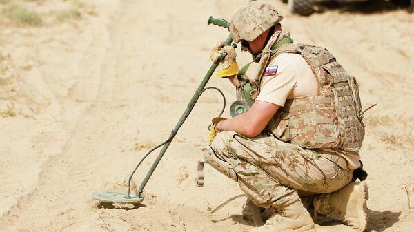 Словацкий военный на аэродроме Кандагар в Афганистане