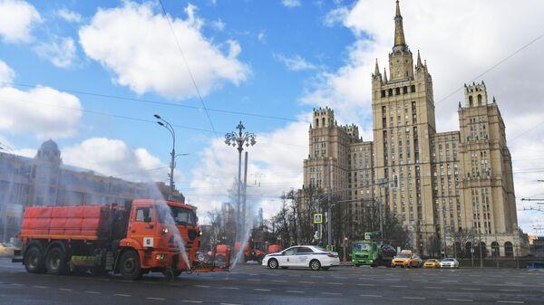 Дезинфекция дорог в Москве