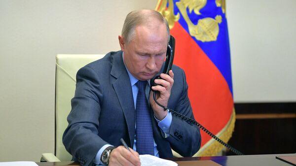 Путин в среду проведет международный телефонный разговор