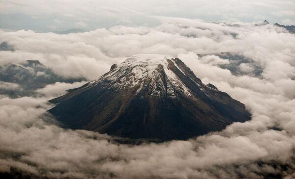Вид на вулкан Толима